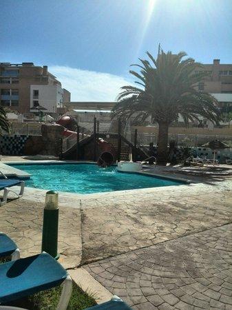 Apartamentos Fénix Beach: Piscina infantil