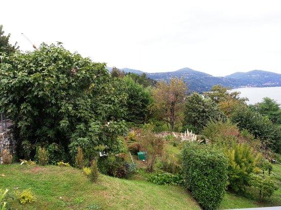 Hotel San Carlo: Hotel gardens