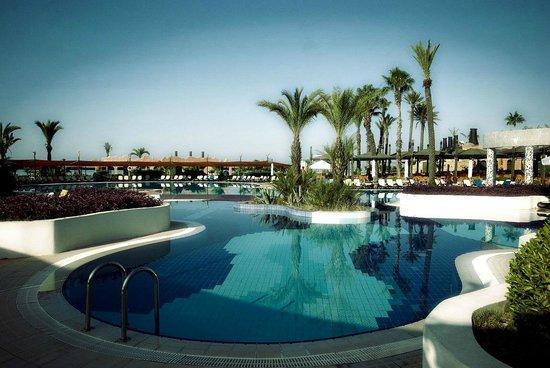 Limak Arcadia Golf & Sport Resort: weer gedeelte van zwembad