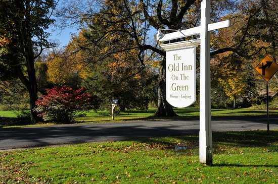 The Old Inn on the Green: As you enter the driveway