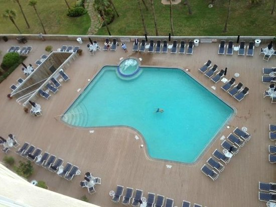 The Galvestonian: Heated Pool and Hot Tub