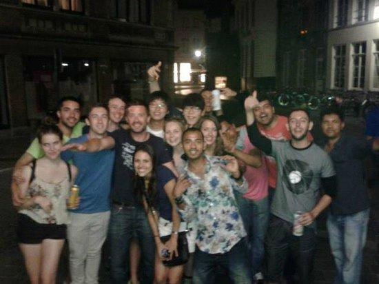 Lybeer Travellers Hostel: Party people!