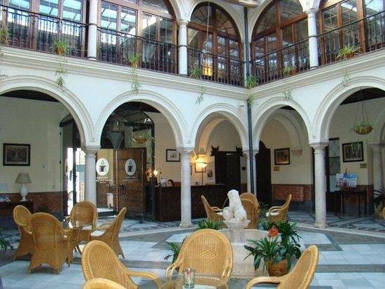 Hotel Palacio Marques de la Gomera: IL CHIOSTRO