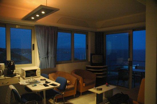 Kefalosbay Residence : Apartment view