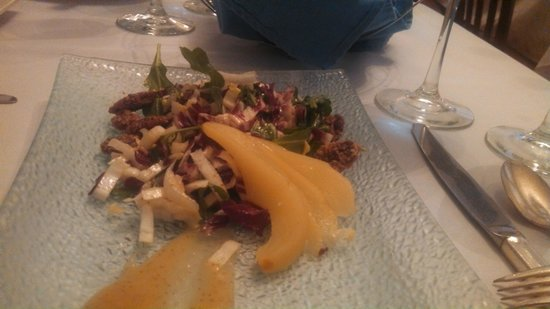 The Blue Rose Inn & Restaurant: Pear Salad With Cranberries And Chopped Nuts