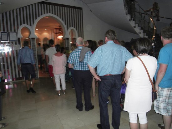 IFA Buenaventura Hotel: weekend queue for the dining room