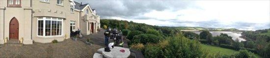 Rossmore Manor : Rossmore and surroundings...