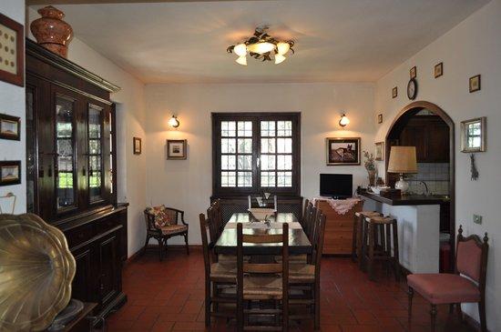 Bed and Breakfast Villa Giove: Sala pranzo