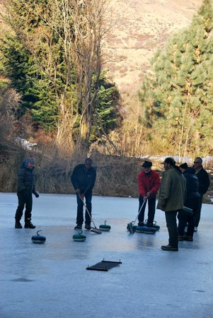 Waiorau Homestead: Curling
