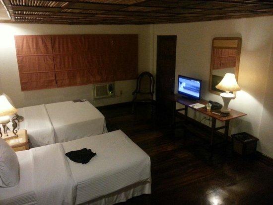 Sea Wind Boracay Island: Spacious super deluxe room