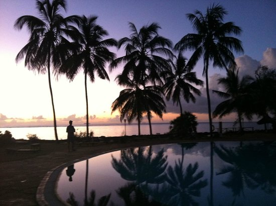 Reef Hotel : sunrise at The Reef