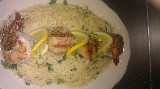 Santioni's Cucina Restaurant