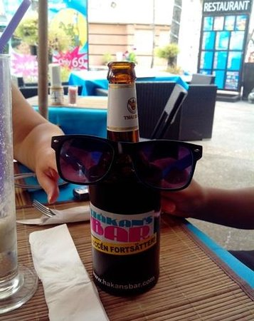 Hakan's Bar & Restaurant: A bottle of Singha beer 'Chillin' with us