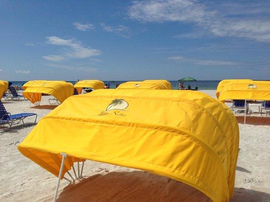Alden Suites: Cabana rentals