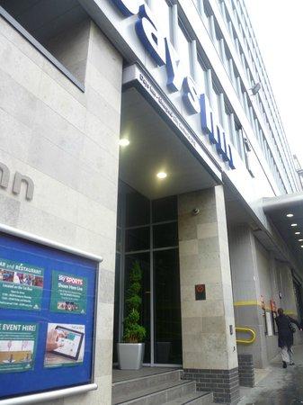 Days Inn Liverpool City Centre: Entrada