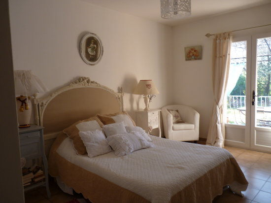 Les Mauniers Hotel - room photo 14518212