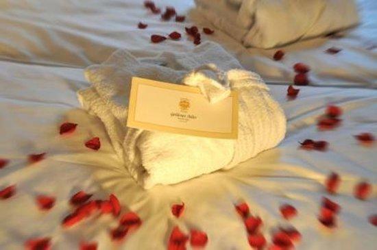 Hotel Goldener Adler: kuscheligeBademäntel