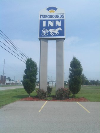 Photo of Fairgrounds Inn Du Quoin DuQuoin