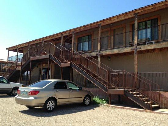 Budget Host Inn Tombstone: 2 verdiepingen.