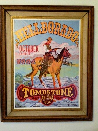 Budget Host Inn Tombstone: Wanddecoratie
