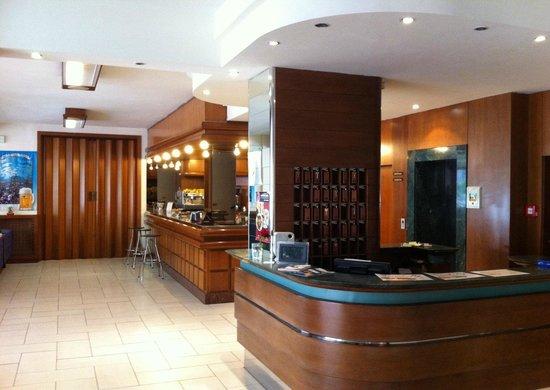 Hotel Evelyn : Hall
