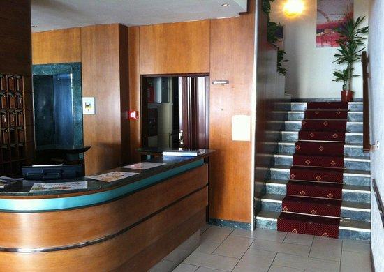 Hotel Evelyn: Hall