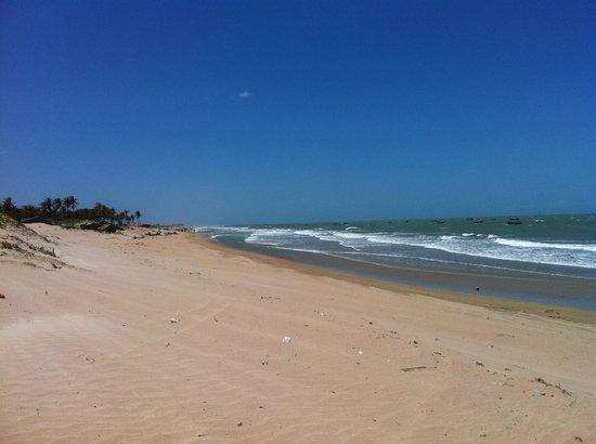 Icarai de Amontada, CE: Vista para o Mar - Praia Almofala