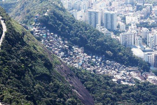 Favela Santa Marta Tour : Favella Santa Marta vue d'en haut