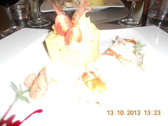 Le Cheval Rouge: Saint-Jacques poêlées au bacon et son écrasé de pommes de terre