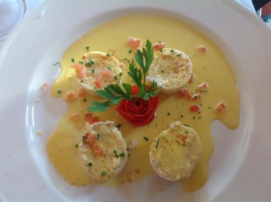 La Perle: soul fillet stuffed with salmon