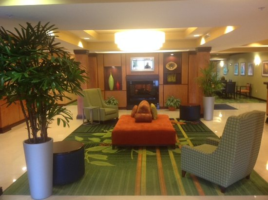 Fairfield Inn & Suites Columbia Northeast: Hotel Lobby