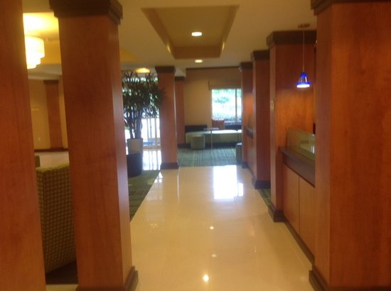Fairfield Inn & Suites Columbia Northeast: Lobby