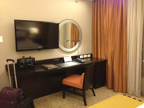 The Bellevue Manila: Room view
