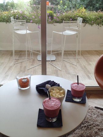 La Vague de Saint Paul : apéritif, smoothie fraise