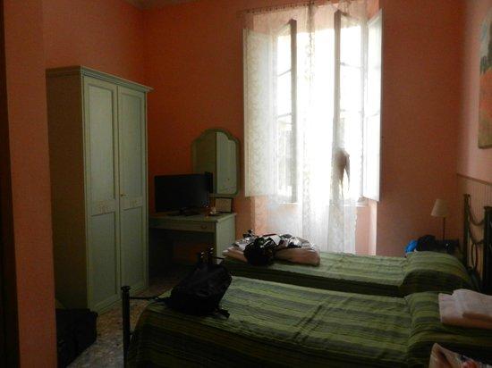 Soggiorno Pitti : Мебель