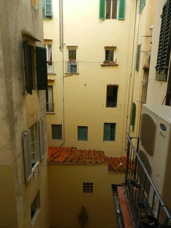Soggiorno Pitti : Вид во двор, номер 2