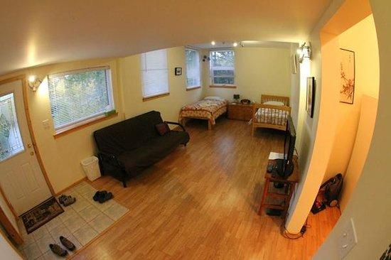 Sundog Retreat: The Nook Room