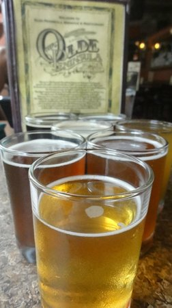 Olde Peninsula Brewpub: A selection of microbrews