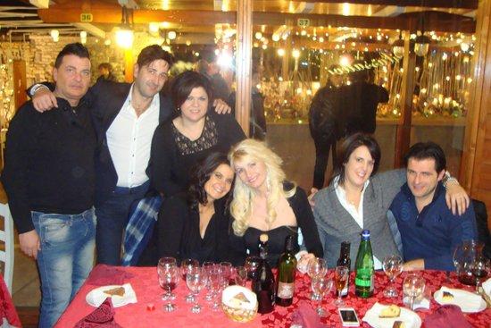Serata di festa tra amici di matera e pescara picture of - Porta aurea altamura ...