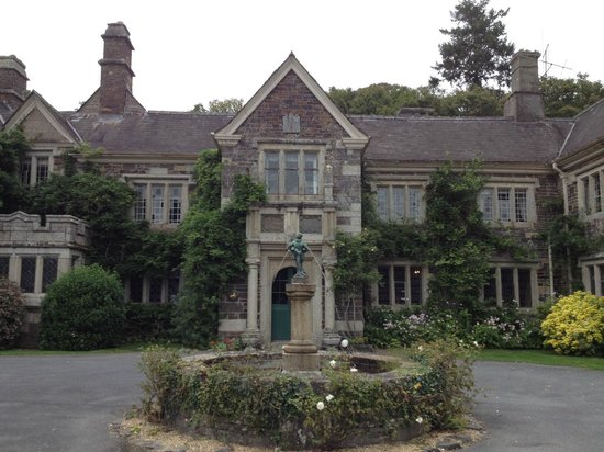 Lewtrenchard Manor照片