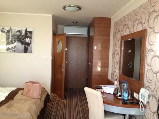 Hotel 77: pokój