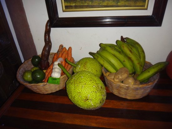 Las Cascadas Lodge: local food Olvin prepared for us