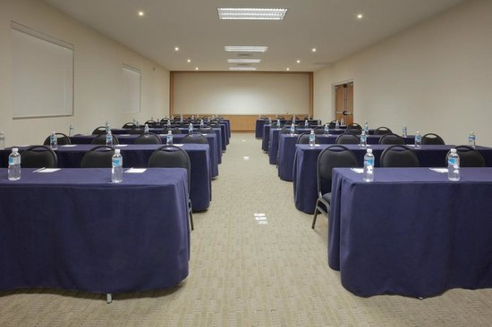 Hampton Inn by Hilton Guadalajara/Expo: Meeting Room