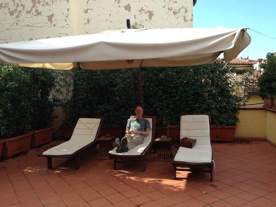 Soggiorno Rondinelli: patio area