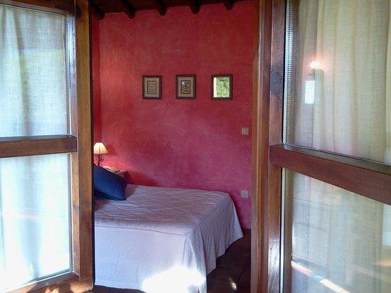 Hotel Rural Valleoscuru: Vista de la habitación Diañu Burlón
