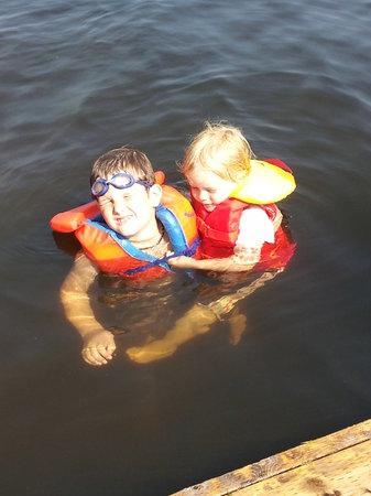 Ardagh Cottage Resort: Swimming