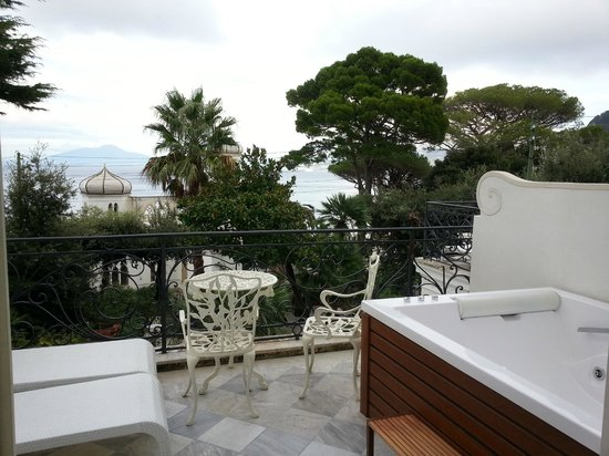Luxury Villa Excelsior Parco: Terrace and View from room