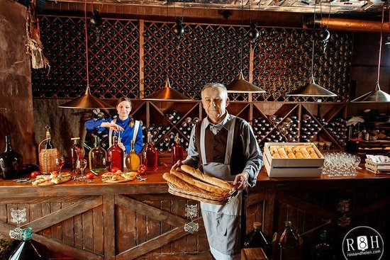 Trout, Bread and Wine: Годинникар з свіжою випічкою