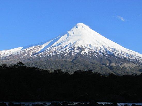 Hotel Cumbres Puerto Varas: Osorno Volcano vewed from Hotel Cumbres