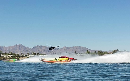 Black Meadow Landing: Poker run trophy boats haulin butt havasu